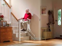 Vous vous posez des questions sur les montes escaliers STANNAH.